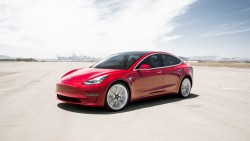 Tesla Model 3 dominates small and midsize car market in the USA