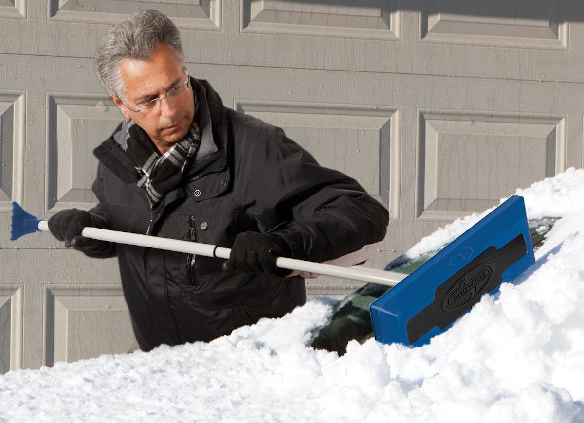 Best Car Snow Removal Tools in 2021 with Complete Buying Guide